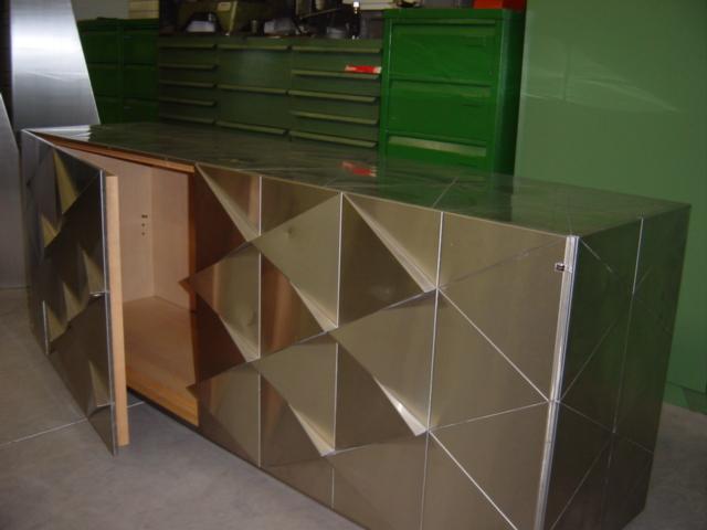 Rénovation meuble bois plaqué inox